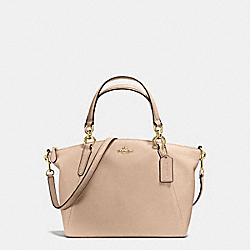 SMALL KELSEY SATCHEL IN PEBBLE LEATHER - f36675 - IMITATION GOLD/BEECHWOOD