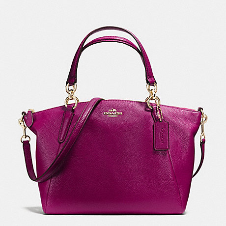 COACH SMALL KELSEY SATCHEL IN PEBBLE LEATHER - IMITATION GOLD/FUCHSIA - f36675