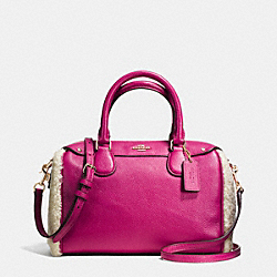 COACH MINI BENNETT SATCHEL IN SHEARLING AND LEATHER - IMITATION GOLD/CRANBERRY/NATURAL - F36689