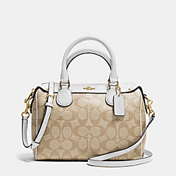 COACH MINI BENNETT SATCHEL IN SIGNATURE - IMITATION GOLD/LIGHT KHAKI/CHALK - F36702