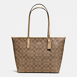 COACH CITY ZIP TOTE IN SIGNATURE - IMITATION GOLD/KHAKI/GOLD - F36876