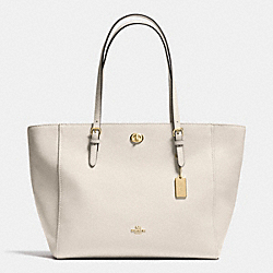 TURNLOCK TOTE IN CROSSGRAIN LEATHER - f37142 - LIGHT GOLD/CHALK