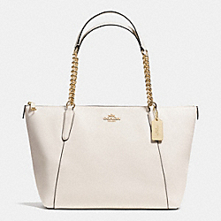 COACH AVA CHAIN TOTE IN CROSSGRAIN LEATHER - IMITATION GOLD/CHALK - F37201