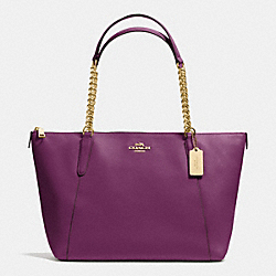 COACH AVA CHAIN TOTE IN CROSSGRAIN LEATHER - IMITATION GOLD/PLUM - F37201