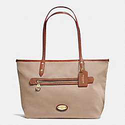 COACH TOTE IN POLYESTER TWILL - LIGHT GOLD/STONE - F37336