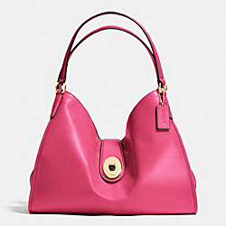 COACH CARLYLE SHOULDER BAG IN SMOOTH LEATHER - IMITATION GOLD/DAHLIA - F37637