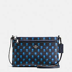 EAST/WEST CROSSBODY WITH POP UP POUCH IN BADLANDS FLORAL PRINT COATED CANVAS - f38159 - SILVER/MIDNIGHT MULTI