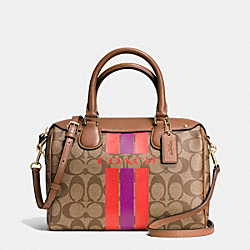 COACH COACH VARSITY STRIPE MINI BENNETT SATCHEL IN SIGNATURE - IMITATION GOLD/KHAKI/WATERMELON - F38401