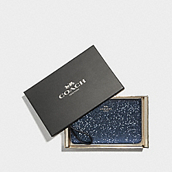 BOXED SMALL WRISTLET WITH STAR GLITTER - MIDNIGHT/SILVER - COACH F38641