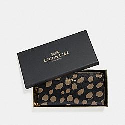 BOXED SLIM ACCORDION ZIP WALLET WITH DEER SPOT PRINT - BLACK/LT SADDLE/LIGHT GOLD - COACH F38698