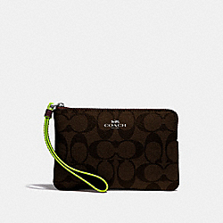 CORNER ZIP WRISTLET IN SIGNATURE CANVAS - BROWN/NEON YELLOW/SILVER - COACH F39213