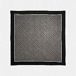 SIGNATURE CHAIN OVERSIZED SQUARE SCARF - BLACK - COACH F39417