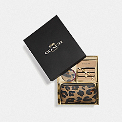 BOXED COSMETIC CASE SET WITH LEOPARD PRINT - MULTICOLOR - COACH F39426