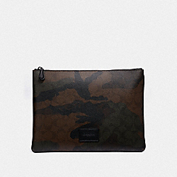 LARGE POUCH IN SIGNATURE CANVAS WITH HALFTONE CAMO PRINT - GREEN MULTI/BLACK ANTIQUE NICKEL - COACH F41379