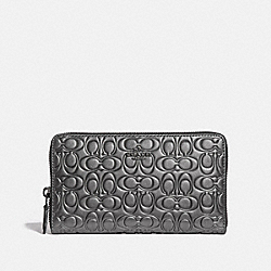 CONTINENTAL WALLET IN SIGNATURE LEATHER - METALLIC GRAPHITE/GUNMETAL - COACH F42401