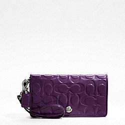 EMBOSSED PATENT DEMI CLUTCH