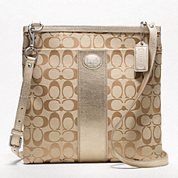 COACH SUTTON SIGNATURE LARGE SWINGPACK - ONE COLOR - F47469