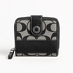SIGNATURE STRIPE SLIM MEDIUM WALLET
