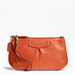 ASHLEY LEATHER LARGE WRISTLET