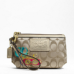 DAISY POP C APPLIQUE MEDIUM WRISTLET