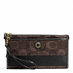 SIGNATURE STRIPE 3 COLOR SIGNATURE ZIPPY WALLET