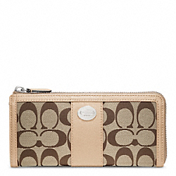 COACH SIGNATURE SLIM ZIP - ONE COLOR - F48437
