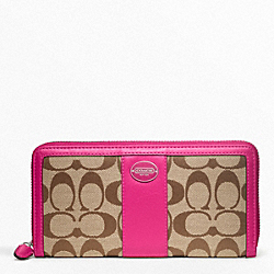 COACH SIGNATURE ACCORDION ZIP WALLET - ONE COLOR - F48463