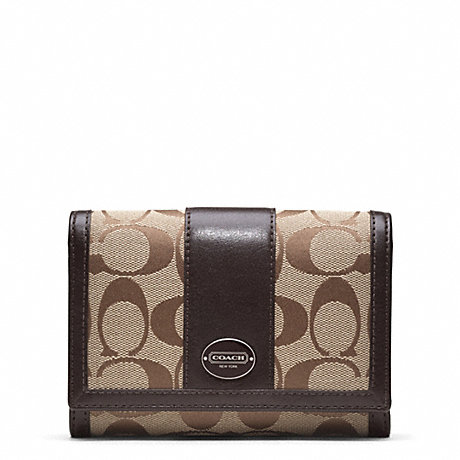 COACH f48465 SIGNATURE COMPACT CLUTCH