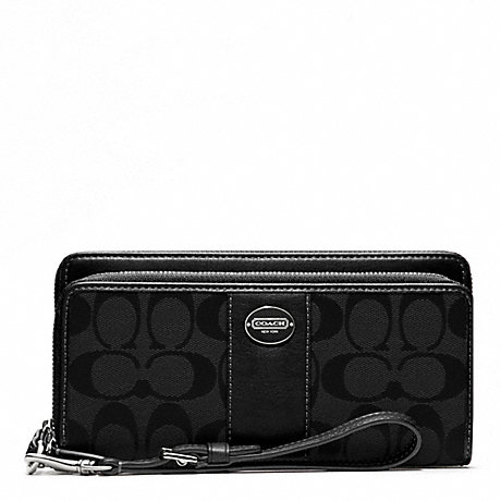 COACH SIGNATURE FABRIC DOUBLE ZIP ACCORDION WALLET -  - f48748