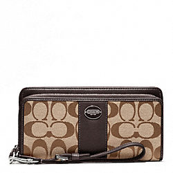 COACH SIGNATURE FABRIC DOUBLE ZIP ACCORDION WALLET - ONE COLOR - F48748