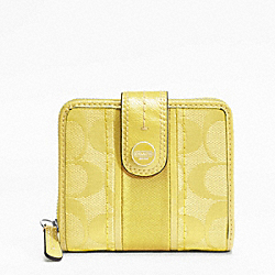 SIGNATURE STRIPE SLIM MEDIUM WALLET - f48774 - 13167