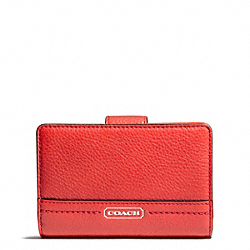 COACH PARK LEATHER MEDIUM WALLET - SILVER/VERMILLION - F49153