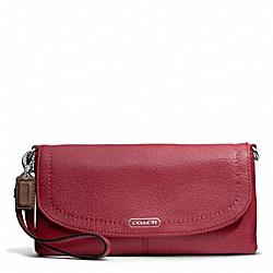 COACH PARK LEATHER LARGE FLAP WRISTLET - ONE COLOR - F49177