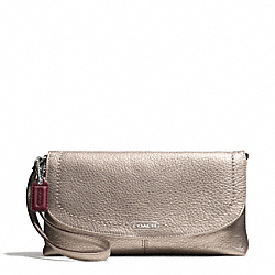 PARK LEATHER LARGE FLAP WRISTLET - SILVER/PEWTER - COACH F49177