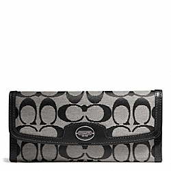 COACH SIGNATURE SOFT WALLET - ONE COLOR - F49218
