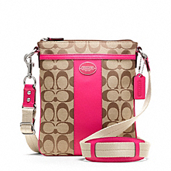 COACH SIGNATURE SWINGPACK - ONE COLOR - F49325
