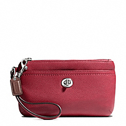 COACH PARK LEATHER MEDIUM WRISTLET - SILVER/BLACK CHERRY - F49472