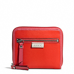 COACH DAISY SPECTATOR LEATHER MEDIUM ZIP AROUND - SILVER/VERMILLION MULTICOLOR - F49514