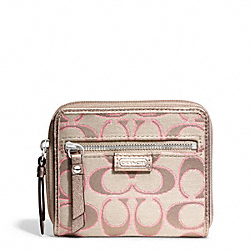 COACH DAISY OUTLINE SIGNATURE METALLIC MEDIUM ZIP AROUND - SILVER/LIGHT KHAKI/GOLD - F49515