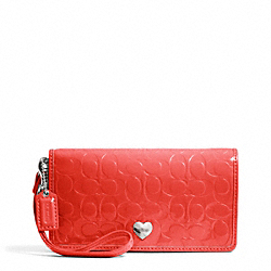 EMBOSSED LIQUID GLOSS DEMI CLUTCH - f49540 - 15640