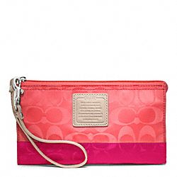 COACH WEEKEND COLORBLOCK NYLON ZIPPY WALLET - ONE COLOR - F49547