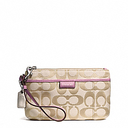 COACH DAISY OUTLINE SIGNATURE METALLIC MEDIUM WRISTLET - ONE COLOR - F49558