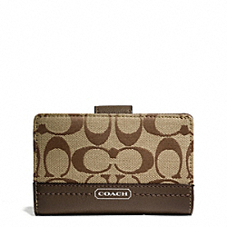 COACH PARK SIGNATURE MEDIUM WALLET - SILVER/KHAKI/MAHOGANY - F49582