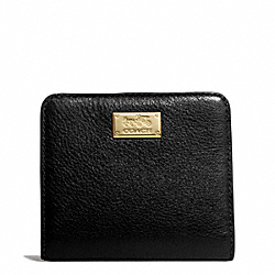COACH MADISON LEATHER SMALL WALLET - LIGHT GOLD/BLACK - F49587