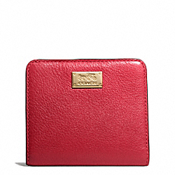 COACH MADISON LEATHER SMALL WALLET - LIGHT GOLD/SCARLET - F49587