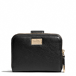 MADISON LEATHER MEDIUM ZIP WALLET AROUND - LIGHT GOLD/BLACK - COACH F49592