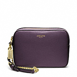 COACH SAFFIANO LEATHER FLIGHT WRISTLET - BRASS/BLACK VIOLET - F49790