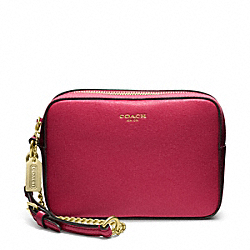 COACH SAFFIANO LEATHER FLIGHT WRISTLET - BRASS/SCARLET - F49790