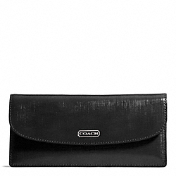 COACH DARCY PATENT LEATHER SOFT WALLET - SILVER/BLACK - F49876