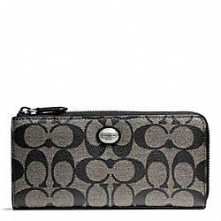 COACH PEYTON SIGNATURE SLIM ZIP - SILVER/BLACK/WHITE/BLACK - F49964